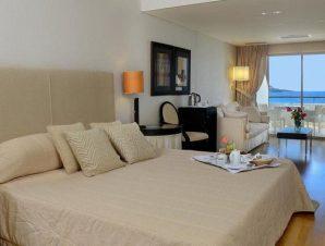 Διαμονή στο παραθαλάσσιο 5* Plaza Resort στην Ανάβυσσο με πρωινό ή Ημιδιατροφή!