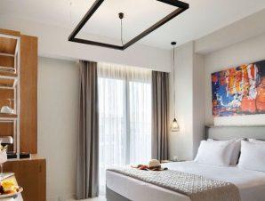 Διαμονή στο 4* Sea Level Hotel στο Πολύχρονο Χαλκιδικής, ένα ολοκαίνουργιο (Μάρτιος 2019) ξενοδοχείο με μοντέρνα σχεδίαση, πάνω σε βραβευμένη με Γαλάζια Σημαία αμμώδη παραλία!