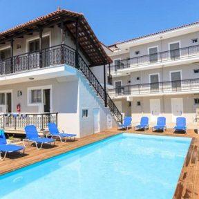 Διαμονή στο Karras Livin στον Λαγανά στη Ζάκυνθο, σε πλήρως εξοπλισμένα δωμάτια μόλις 300 μ. από την παραλία!