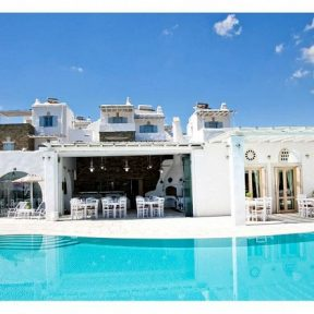 Διαμονή στο Anthea Boutique Hotel στην Τήνο, που διαθέτει εσωτερικό μεσογειακό εστιατόριο και χώρο με προσεγμένες υπηρεσίες Spa!