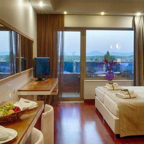 Σαββατοκύριακο στο πολυτελέστατο 5* Thessalikon Grand Hotel πλησίον Λίμνης Πλαστήρα και μόλις 3 χλμ. από το κέντρο της Καρδίτσας!