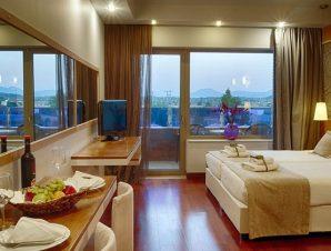 Θεοφάνεια στο πολυτελέστατο 5* Thessalikon Grand Hotel πλησίον Λίμνης Πλαστήρα και μόλις 3 χλμ. από το κέντρο της Καρδίτσας!