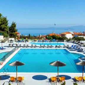 Διαμονή στο 4* Atrium Hotel στο Πευκοχώρι Χαλκιδικής, με πάρκο νερού για τα παιδιά, πολλές δραστηριότητες για όλη την οικογένεια και δωρεάν μεταφορά στο χωριό και στην παραλία που απέχει 700μ.!