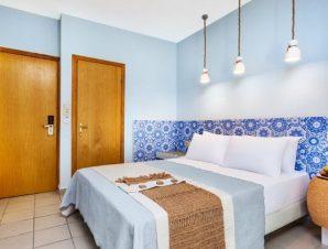 Διαμονή στο Core Hotel στο Πολύχρονο Χαλκιδικής, στο κέντρο του χωριού δίπλα σε καταστήματα, ταβέρνες και μπαρ, αλλά και την παραλία!