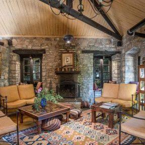Διαμονή στο Princess Lanassa Hotel στο χωριό Κωστήτσι στα Τζουμέρκα Όρη, σε ένα ανακαινισμένο Αρχοντικό 300 ετών, μόλις 20′ από τα Ιωάννινα!
