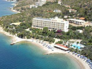 Καλοκαιρινές διακοπές στο παραθαλάσσιο Pappas Hotel στο Λουτράκι με Ημιδιατροφή, μόλις 1 ώρα από Αθήνα!