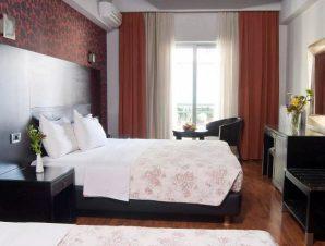 Διαμονή στο Areos Hotel στο κέντρο της Αθήνας, σε μοντέρνα δωμάτια με παρκέ δάπεδο, δίπλα στο Πεδίο του Άρεως!
