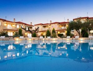 Διαμονή στο Kassandra Villas στο Πολύχρονο στη Χανιώτη Χαλκιδικής, σε μοντέρνα διακοσμημένες βίλες 300 μ. από την παραλία!