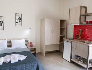 Διαμονή στο Sunshine Apartments στον Νέο Μαρμαρά Χαλκιδικής, μόλις λίγα λεπτά από τη παραλία!